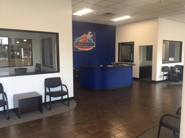 Our body shop's business office located at Ocala, FL, 34471 is staffed with friendly and experienced personnel.