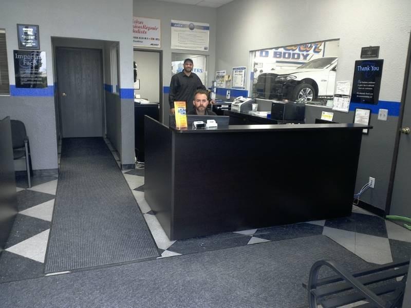 Canoga Park CA Class N Color Auto Body body shop reviews. Collision repair near 91304. Class N Color Auto Body for auto body repair.