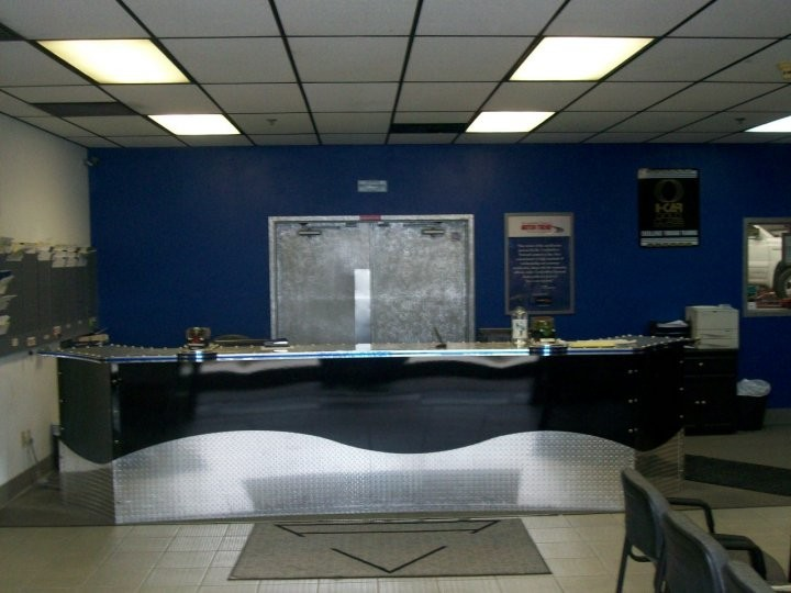 San Joaquin Collision 3816 Fruitvale Ave.  Bakersfield, CA 93308-5112  Our office has friendly and experienced personnel to assist you and your collision repair needs.