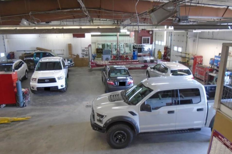We are a professional quality, Collision Repair Facility located at Scottsbluff, NE, 69361. We are highly trained for all your collision repair needs.