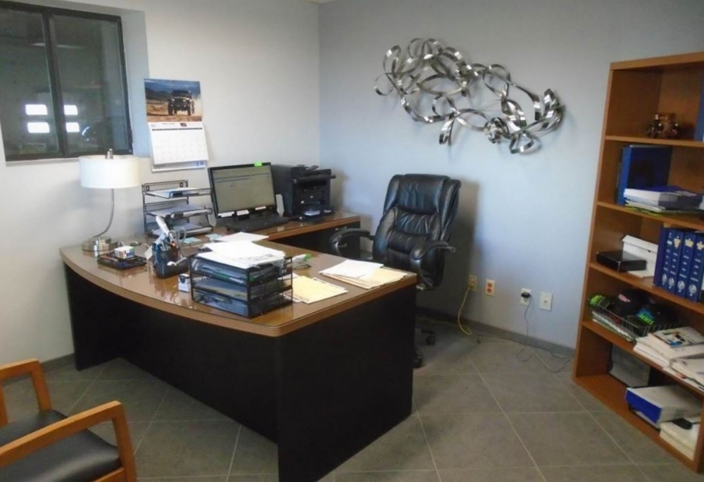 At Scottsbluff Body & Paint, located at Scottsbluff, NE, 69361, we have friendly and very experienced office personnel ready to assist you with your collision repair needs.
