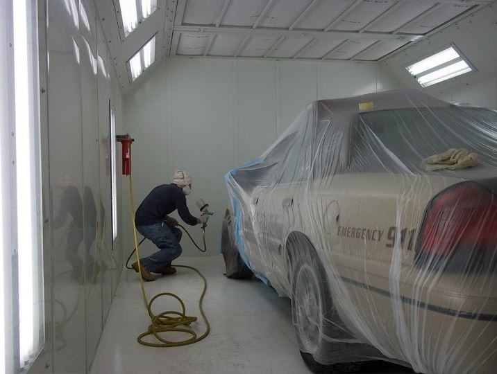 Painting technicians are trained and skilled artists.  At Crouse Body Shop, we have the best in the industry. For high quality collision repair refinishing, look no farther than, Warsaw, IN, 46580.