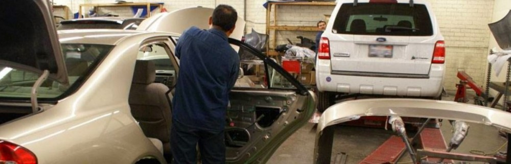 Here at Prestige Coach Craft, Marina Del Rey, CA, 90292, our body technicians are craftsman in quality repair.
