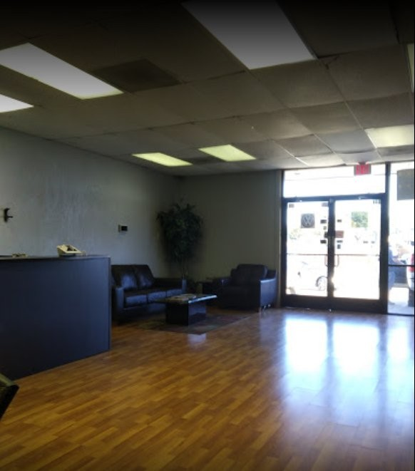Here at Revive Collision Inc., Plano, TX, 75074, we have a welcoming waiting room.