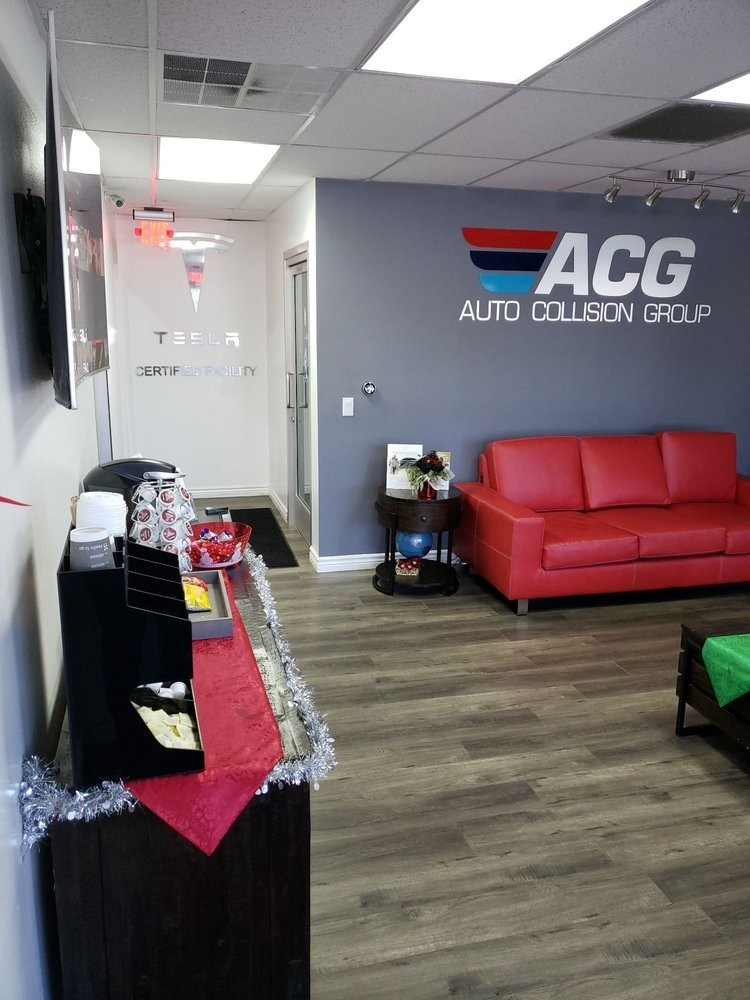 Here at Auto Collision Group Inc., Whittier, CA, 90606, we have a welcoming waiting room.