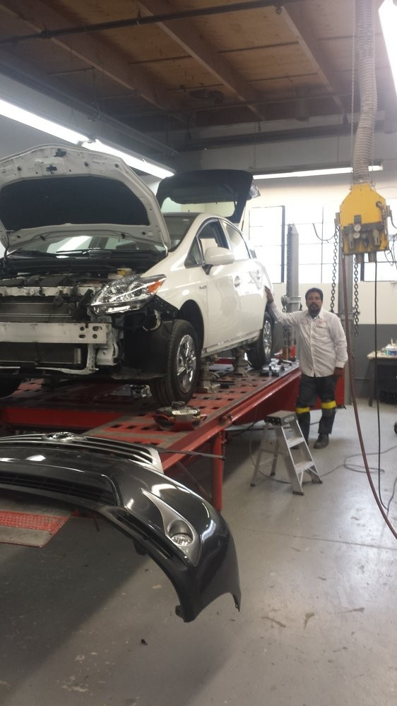 Da-les Auto Body