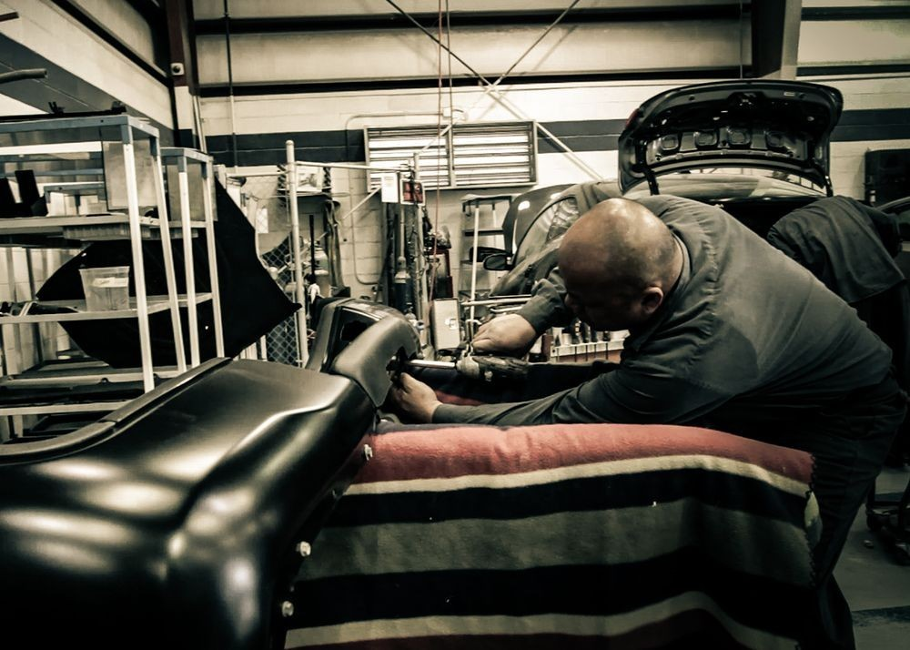 Here at Cascades Auto Body, Sterling, VA, 20166, our body technicians are craftsman in quality repair.