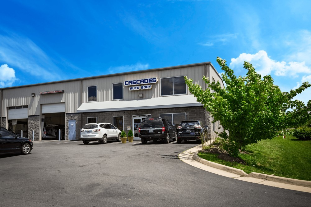 During the course of a collision repair many re-inspections are done, but the final quality control inspection is done by a trained specialist.  At Cascades Auto Body, in Sterling, VA, 20166, we take pride in perfecting this process of the collision repair.