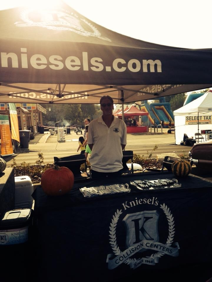 Kniesel's Collision Centers - Citrus Heights