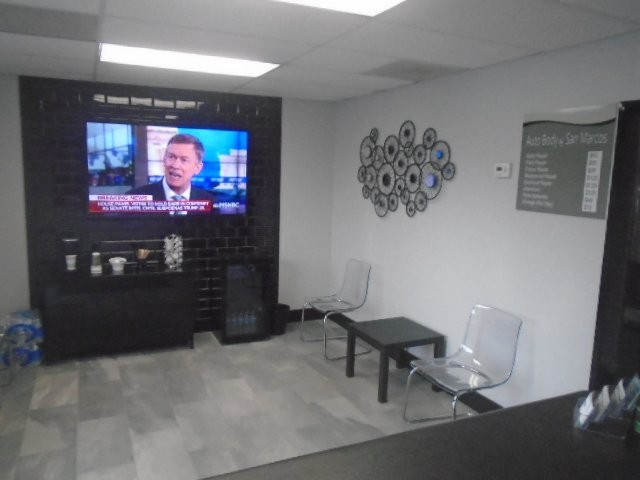 Here at Auto Body Of San Marcos, San Marcos, CA, 92069, we have a welcoming waiting room.