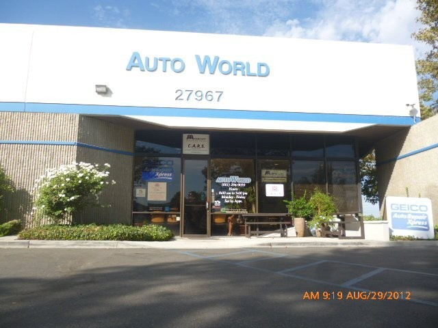 We are centrally located at Valencia, CA, 91355-1211 for our guest's convenience and are ready to assist you with your collision repair needs.