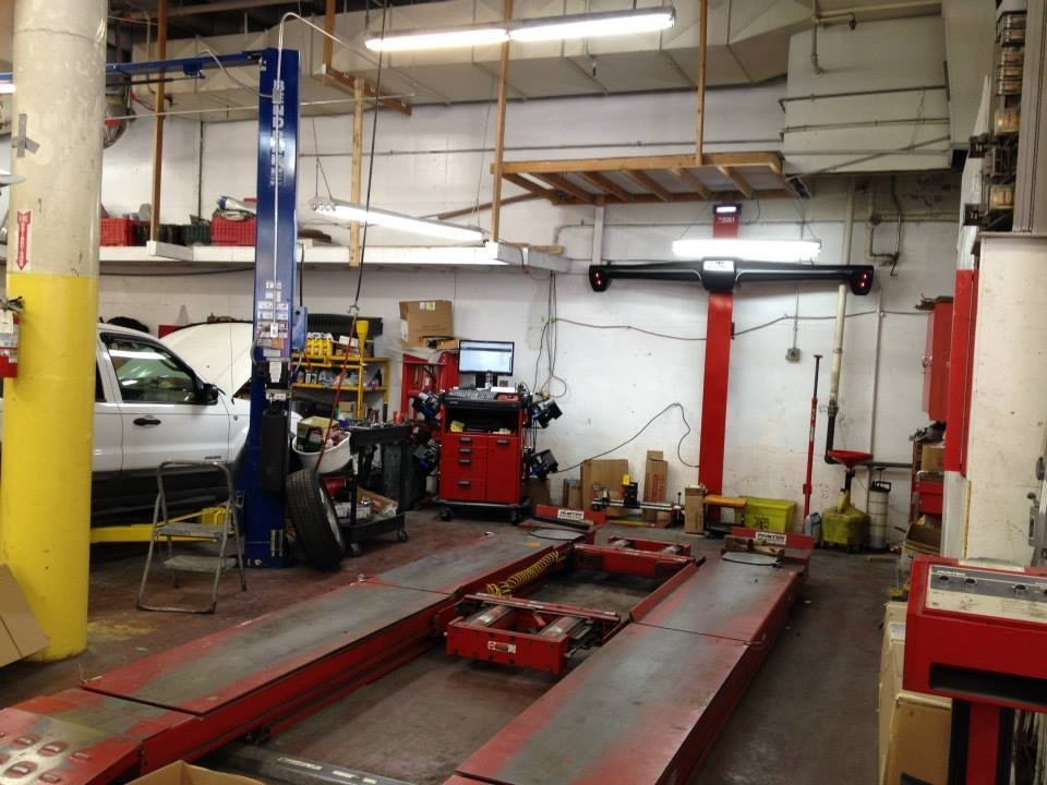 19Th Autobody Center San Fransisco 3950 19Th Ave  San Francisco, CA 94132-2663   Our Structural Repair Equipment & Skilled Staff Guarantees Our Results.