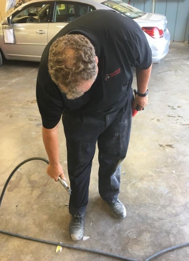 Cave Springs Auto Body - Here at Cave Spring Auto Body, Roanoke, VA, 24018, our body technicians are craftsman in quality repair.