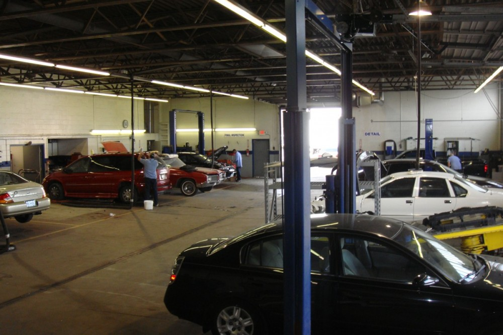 Complete Auto Body And Truck Repair, Hazelwood MO. Auto Body and Paint,  Collision Repairs