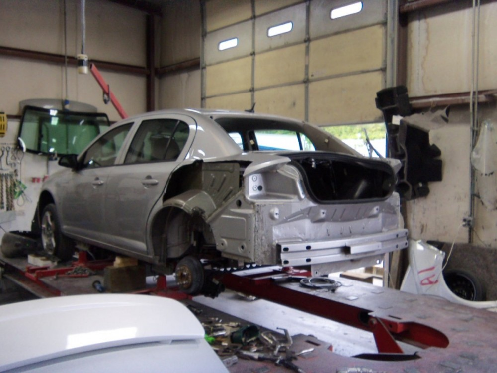 J.R.'s Auto Body