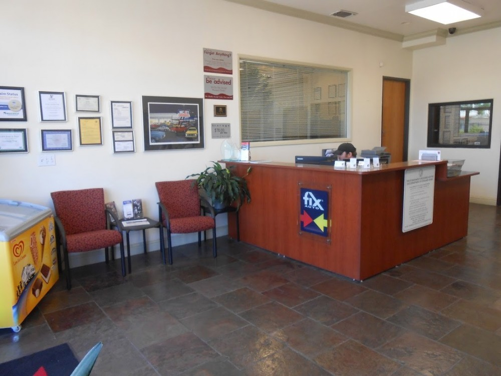 Fix Auto Sacramento 4220 Stockton Blvd  Sacramento, CA 95820 Collision Repair Experts. Auto Body & Painting Professionals.   Our waiting area is comfortable with refreshments for our guests.