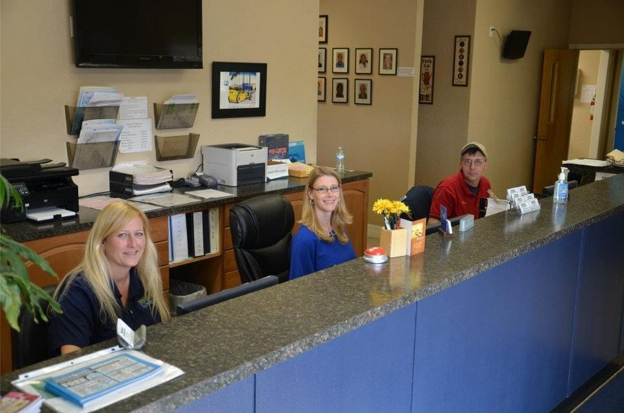 Our body shop's business office located at Winter Haven, FL, 33881 is staffed with friendly and experienced personnel.