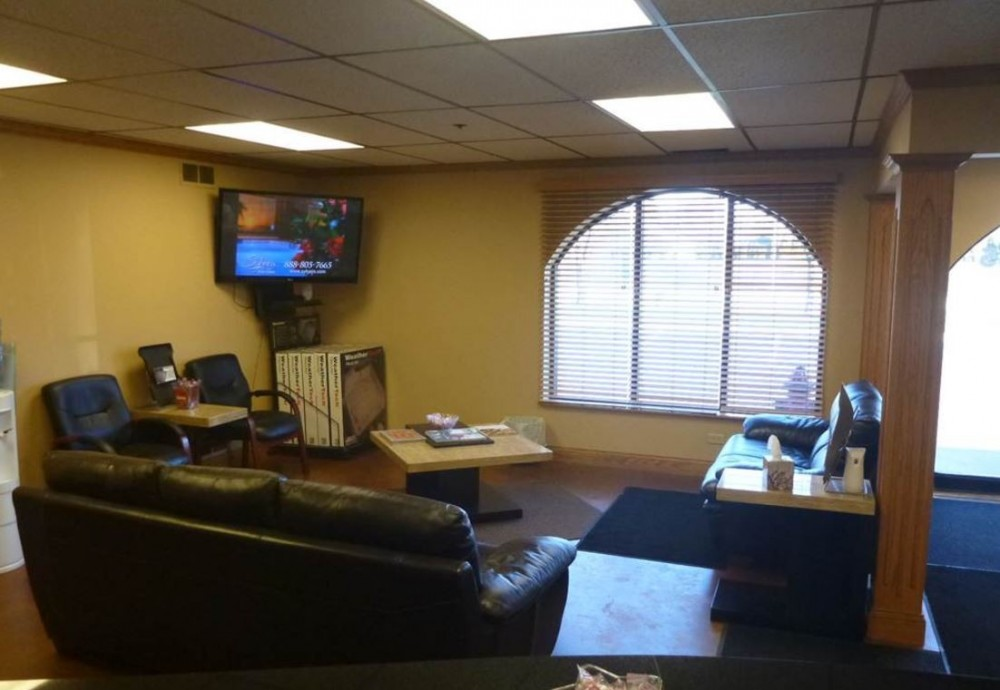 Nationwide Auto Body Network - Here at Nationwide Auto Body Network, Schaumburg, IL, 60193, we have a welcoming waiting room.