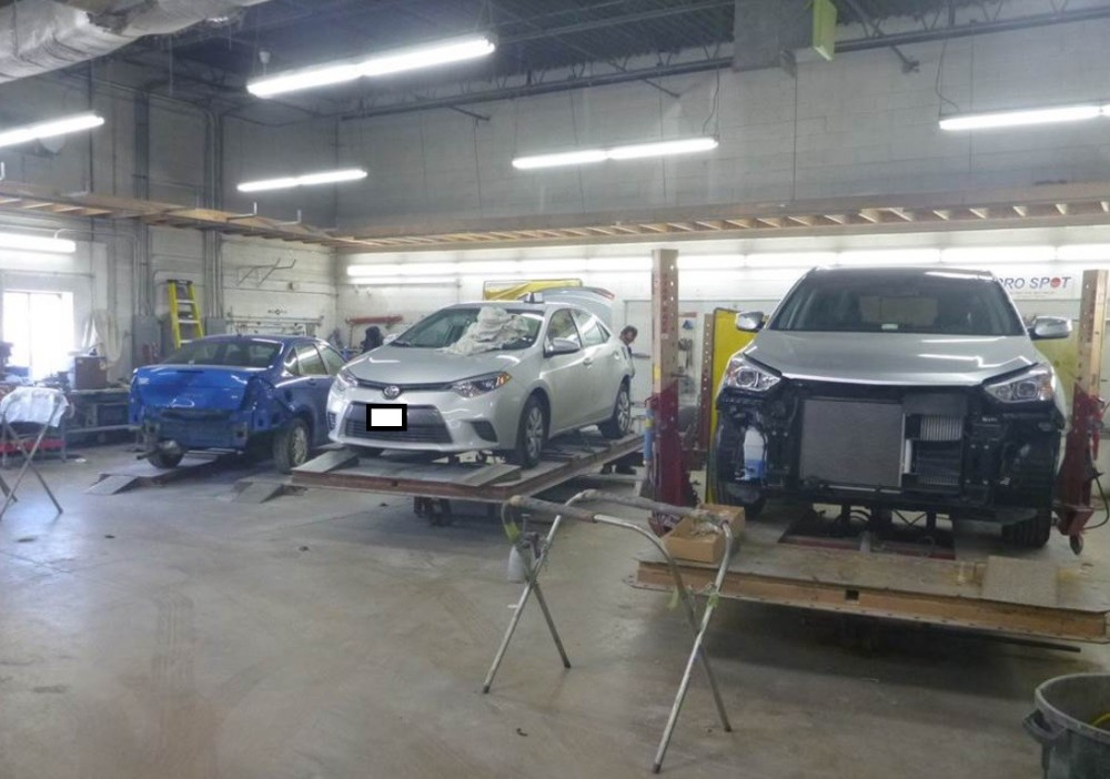 Nationwide Auto Body Network - We are a high volume, high quality, Collision Repair Facility located at Schaumburg, IL, 60193. We are a professional Collision Repair Facility, repairing all makes and models.