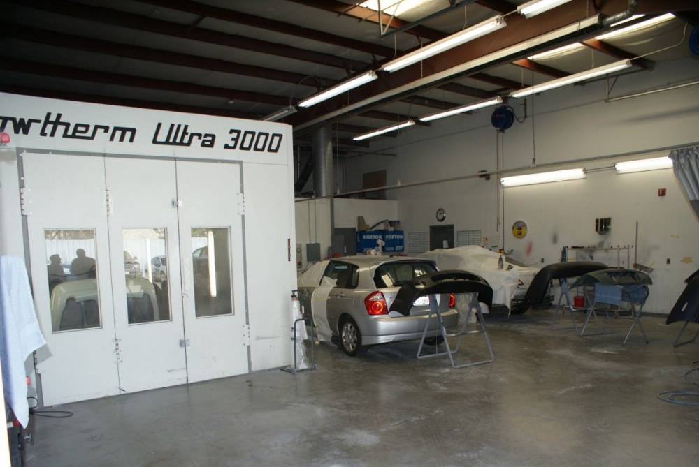Absolute Auto Body - Lynnwood 17830 Hwy 99  Lynnwood, WA 98037  An Ultra Up to Date, State of the Art Refinishing Department for Excellent Results.....