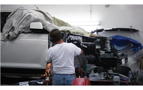 Here at Moss Collision, Amarillo, TX, 79109, our body technicians are craftsmen in the art of metal straightening.
