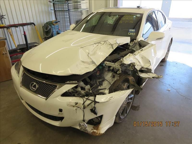 At Drury Body Shop, we are proud to post before and after collision repair photos for our guests to view. Here is a before picture of the vehicle.