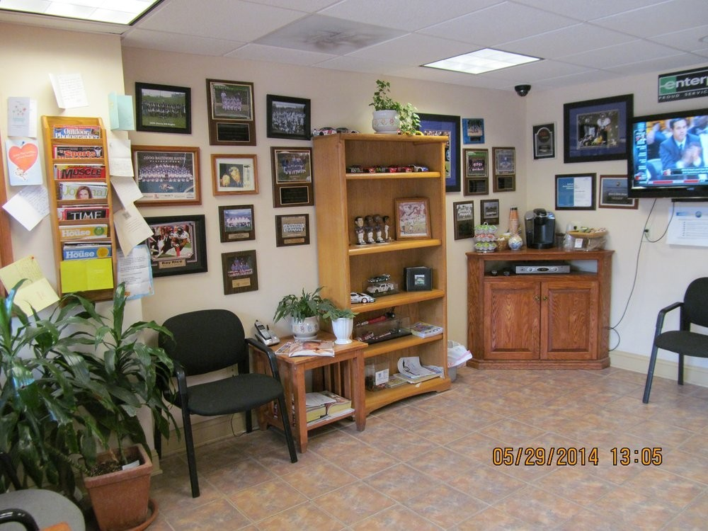 Peters Body Shop Inc. 5629 Deer Park Rd  Reisterstown, MD 21136 Auto Body & Paint Repairs. Our office and waiting area is warm and inviting.  We are staffed with experienced personnel to assist you with your Collision Repair needs..