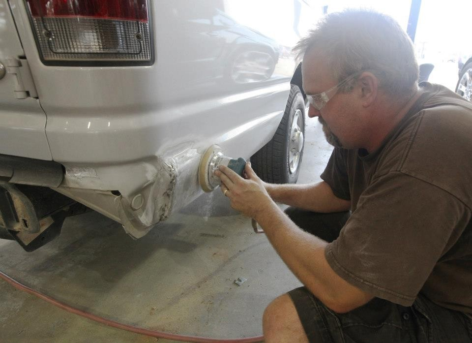 Gullo Ford Collision Center 925 I 45 S  Conroe, TX 77301  Metal Repairs are done by Experienced Craftsmen.