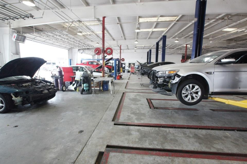 Gullo Ford Collision Center