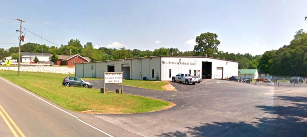 We are centrally located at Hopkinsville, KY, 42240 for our guest's convenience and are ready to assist you with your collision repair needs.