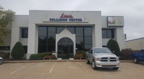 Structural accuracy is critical for a safe and high quality collision repair.  At Lewis Collision Center, Springdale, AR, 72764, we are the best.