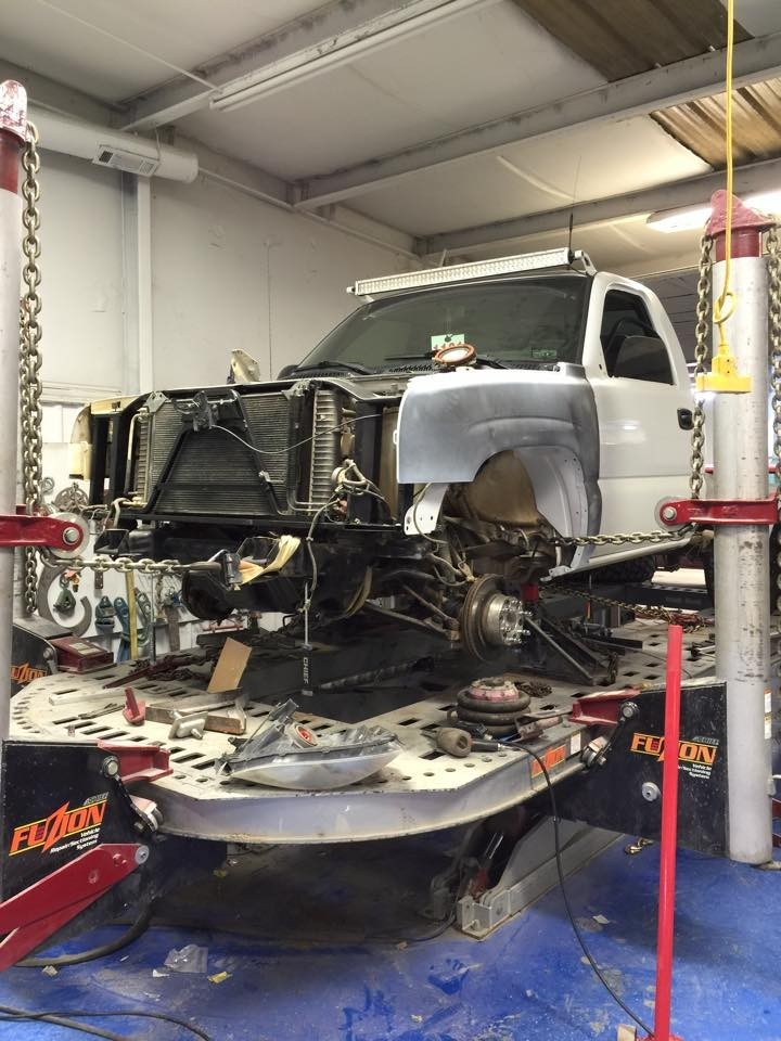 Structural accuracy is critical for a safe and high quality collision repair.  At Lindley's Paint And Body Shop, Mcalester, OK, 74501, we are the best.