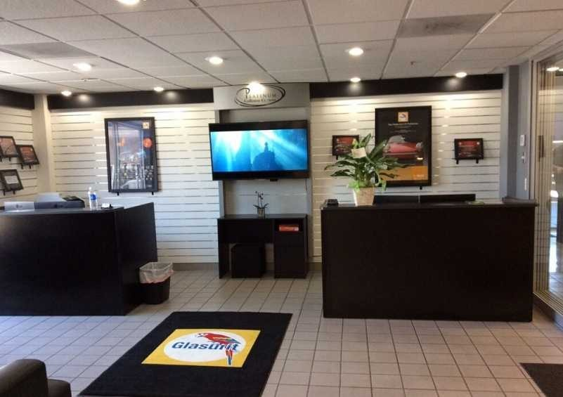 Platinum Collision Centers 2550 Wardlow Road  Corona, CA 92882 We are Collision Repair Experts. Our business office and customer waiting areas are friendly places to tend to your collision repair needs.