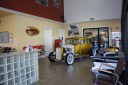 Artistic Collision Center - The waiting area at our body shop, located at Rancho Cordova, CA, 95742 is a comfortable and inviting place for our guests.