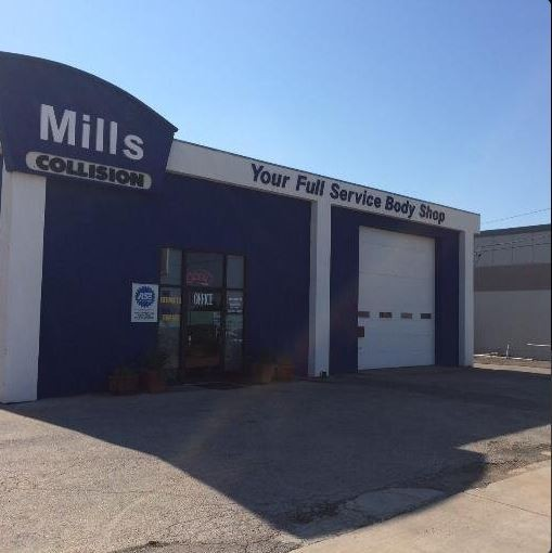 We are Centrally Located at Norman, OK, 73072-5708 for our guest's convenience and are ready to assist you with your collision repair needs.