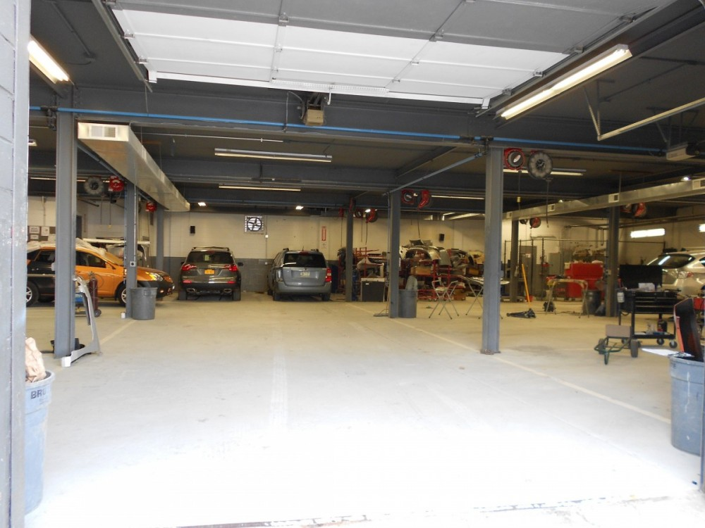 Here at IFM Collision Center, Bedford Hills, NY, 10507, professional structural measurements are precise and accurate.  Our state of the art equipment leaves no room for error.