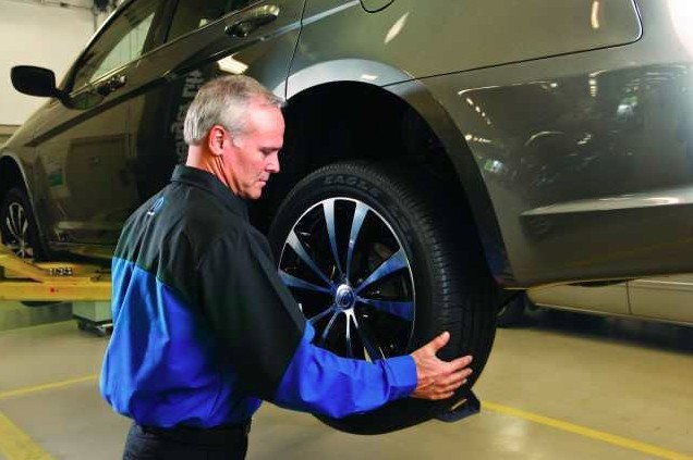 Here at Mac Haik Dodge, Chrysler, Jeep, Houston, TX, 77037, our body technicians are craftsmen in the art of metal straightening.