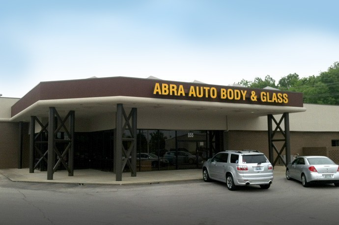 abra-auto-body-collision-glass-windshield-paintless-dent-repair-shop-location-Clarksville-TN-37040