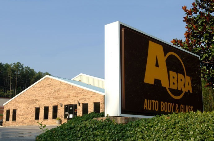 abra-auto-body-collision-glass-windshield-paintless-dent-repair-shop-location-Kennesaw-GA-30144