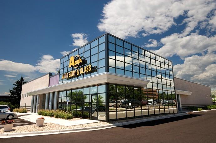 abra-auto-body-collision-glass-windshield-paintless-dent-repair-shop-location-Littleton-CO-80122