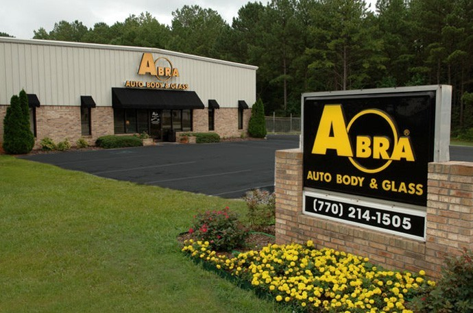 abra-auto-body-collision-glass-windshield-paintless-dent-repair-shop-location-Carrollton-GA-30116
