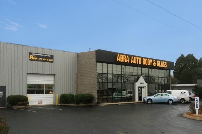 abra-auto-body-collision-glass-windshield-paintless-dent-repair-shop-location-Murfreesboro-TN-37129