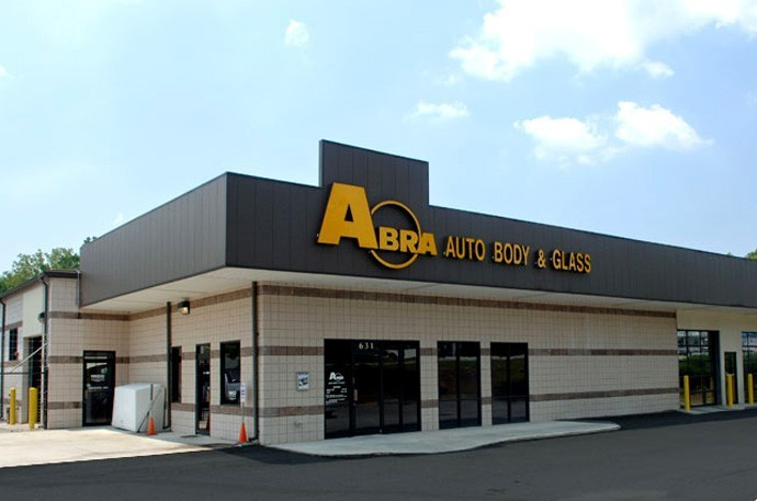 abra-auto-body-collision-glass-windshield-paintless-dent-repair-shop-location-Lilburn-GA-30047