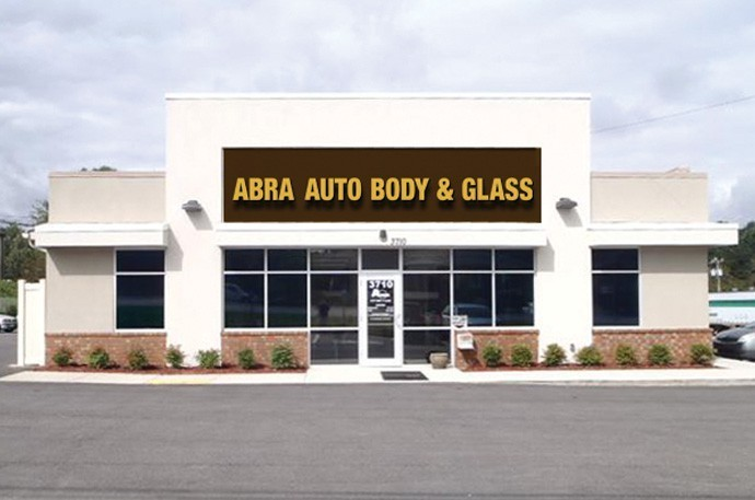 abra-auto-body-collision-glass-windshield-paintless-dent-repair-shop-location-Suwanee-GA-30024