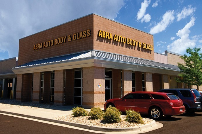 abra-auto-body-collision-glass-windshield-paintless-dent-repair-shop-location-Highlands-Ranch-CO-80129