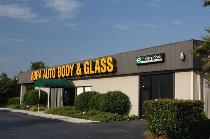 abra-auto-body-collision-glass-windshield-paintless-dent-repair-shop-location-Fayetteville-GA-30214