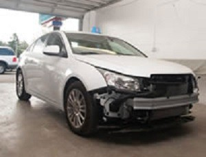 Complete and accurate damage estimates are done by very experienced people. If knowledge coupled with experience is what you are looking for, look no further.  Lakewood Auto Body, in Lakewood, WA, 98499 is the place for you.