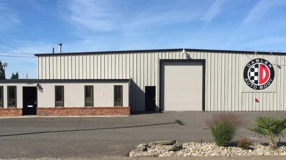 We are Centrally Located at Salem, OR, 97303-3230 for our guest's convenience and are ready to assist you with your collision repair needs.