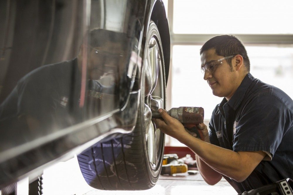 Caliber Collision - Tustin, Tustin, CA,92782, During the course of a collision repair many re-inspections are done, but the final quality control inspection is done a trained specialist.  At Caliber Collision - Tustin, we take pride in perfecting this process of the collision repair.
