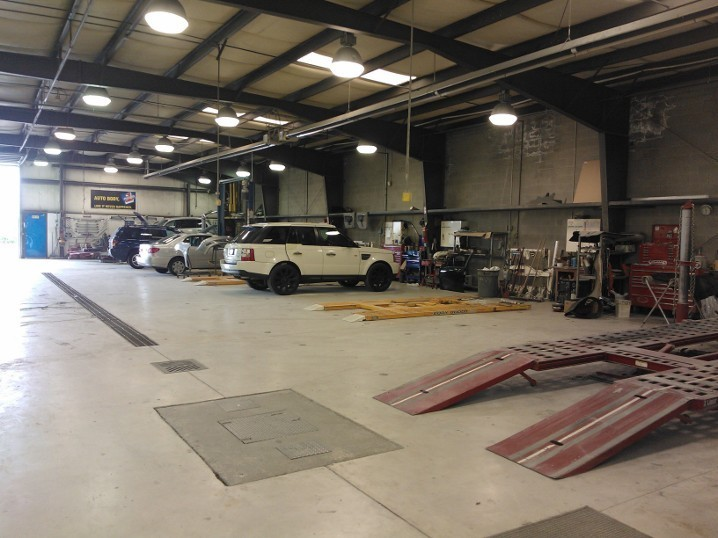 We are a state of the art Collision Repair Facility waiting to serve you, located at Auburn, WA, 98001.